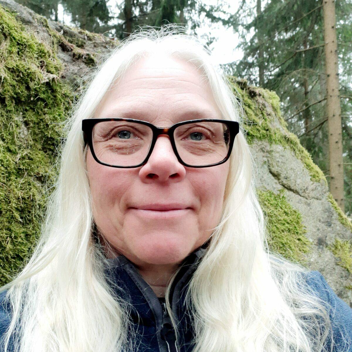 Tuna gård - Elisabeth Andersson